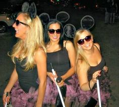 3 Blind Mice Group Halloween Costumes for women made out of DIY pink/black tutus, dollar store sunglasses, walking sticks from dollar store brooms (chopped the bristles off) and furry mouse ears from party city! this is what we could be for Halloween lol Halloween Mode, Halloween Costumes For Teens, Halloween 2014, Cute Halloween, Holidays Halloween, Costumes For Women, Halloween Decorations, Women Halloween, Woman Costumes