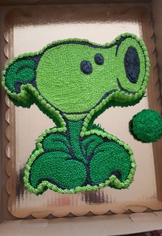 Plants vs Zombies Peashooter Cake