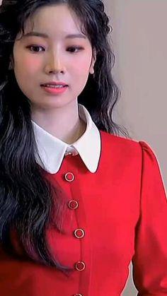 Aesthetic Videos, Kpop Aesthetic, Kpop Girl Groups, Kpop Girls, Twice Video, Bts Twice, Kpop Girl Bands, Rose Icon, Nayeon Twice