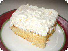 Mandarin Orange Pineapple Cake Recipe - Confessions of a Semi-Domesticated Mama Best Cake Recipes, Dessert Recipes, Dessert Ideas, Yummy Recipes, Cookie Recipes, Dinner Recipes, Favorite Recipes, Mandarin Orange Pineapple Cake Recipe, Just Desserts