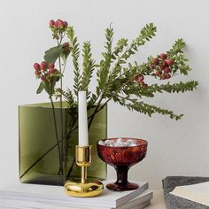 Iittala believes in interior design that lasts a lifetime. Floral Wedding Decorations, Flower Decorations, Christmas Decorations, Green Centerpieces, Interior Design Business, Bars For Home, Interior Styling, Decorative Items, Flower Art