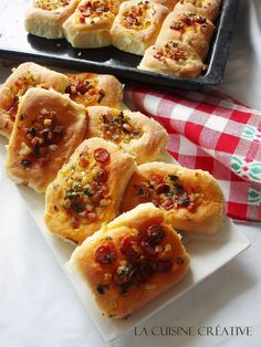 La kuhinje kreativni: Grickalice - (hrskavo i pikantno) Kid Friendly Appetizers, Food Network Recipes, Cooking Recipes, The Kitchen Food Network, Savory Muffins, Tasty, Yummy Food, Greek Recipes, Party Snacks