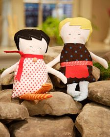 Emily Martin, the No. 1 seller on online crafts website Etsy, joins Martha to make a beautiful doll.