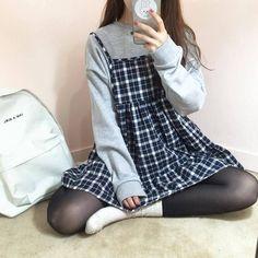 Image about fashion in moda coreana❤ by Rachel❤ Mode Outfits, Korean Outfits, Casual Outfits, Korean Dress, Fashionable Outfits, Summer Outfits, Look Fashion, 90s Fashion, Fashion Outfits