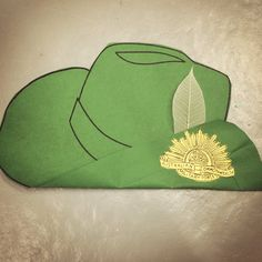 ANZAC day slouch hat art and craft Anzac Day For Kids, Toddler Crafts, Preschool Crafts, Celebration Day, Hat Crafts, Theme Days, Australia Day, Remembrance Day, Art Classroom