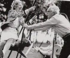 idosos, amor, sorriso - imagem inspiradora sobre Favim.com