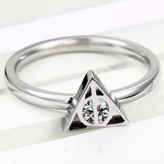 Triangle Symbol Design Hers Ring Band for Valentines Gift