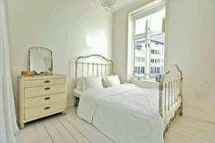 The most restful bedroom I've ever seen.