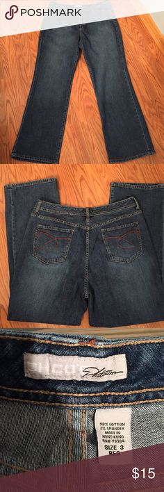 "Chico's jeans Chico's platinum jeans, inseam 29 1/2"" Chico's size 3 see chart Chico's Jeans Straight Leg"