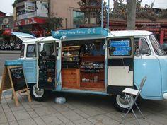 "Vintage Coffee truck - beach feel (play Hawaiian slack key like John Cruz & Keola Beamer ""He'eia"") Mobile Cafe, Mobile Shop, Mobile Kiosk, Mini Camper, Kfc, Vw T1, Volkswagen, Kombi Food Truck, Coffee Food Truck"