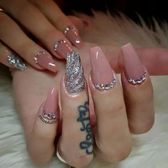 Mauve and silver decor nails