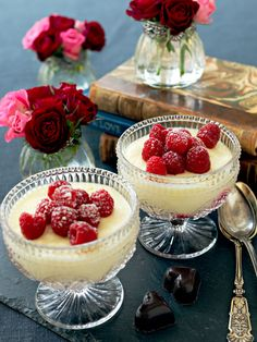 Romantisk for to Pudding Desserts, No Bake Desserts, Norwegian Food, Food Cakes, Food Inspiration, Cake Recipes, Sweet Tooth, Sweet Treats, Cheesecake