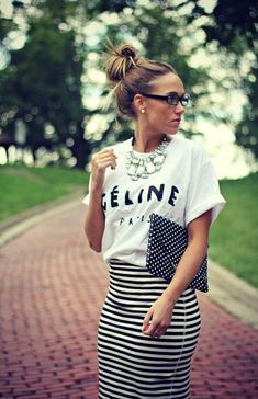 T-SHIRT w/ striped skirt