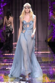 Versace Atelier - Runway Fashion from Couture Week 2015 - Best of Couture Week 2015