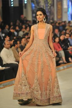 Rani Emaan Collection at Pantene Bridal Couture Week 2013 Day 3 Pakistani Couture, Pakistani Bridal Wear, Pakistani Outfits, Indian Outfits, Ethnic Fashion, Indian Fashion, Party Dresses, Bridal Dresses, Desi Clothes