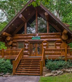 Breathtaking Tips to create your dream log cabin in the mountains or next to a r. - Log cabin homes - Log Cabin Living, Log Cabin Kits, Log Cabin Homes, Cabin Plans, Cabin Ideas, Small Log Homes, Small Log Cabin, Tyni House, How To Build A Log Cabin