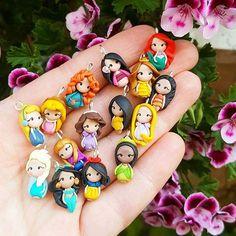 Disney Princesses inspired bracelet,necklace or charms Link Shop in bio #disney #charm #stitchmarkers #disneyprincess #princess #principesse #miniature #disneylover #handmadeinitaly #handmadejewelry #etsy #etsyshop #kawaii #kids #shoppingonline #christmasgift #magickingdom #disneyworld #disneyland #thebeautyandthebeast #pocahontas #belledisney #disneyfind #cinderella #jasmine #ariel #mulan #snowwhite #biancaneve #mixmatch