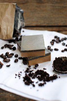 Naturally Exfoliating Homemade Soap Recipe - coffee  -  HenryHappened.com