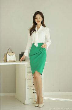Romantic & trendy looks, styleonme daily fashion, korea fashion, korean fashion trends Korean Fashion Trends, Korea Fashion, Trendy Fashion, Fashion Outfits, Womens Fashion, Fashion Tips, Fashion Design, Korean Beauty, Asian Beauty
