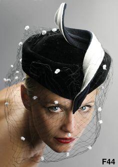 Ina Böckler 2010 - Festliche Hüte