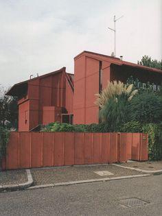 Paradise Backyard: Aimaro Isola