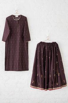 Good Earth - Jahanara(Enquire for an order):Naira Kurta Set Indian Attire, Indian Ethnic Wear, Ethnic Fashion, Indian Fashion, Indian Dresses, Indian Outfits, Simple Indian Suits, Kurta Designs Women, Lehenga Designs