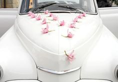 Elegant... Single Flowers Wedding Car Decoration Silk by WeddingHolland, €59.99