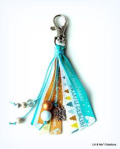 une jolie petite poup e porte clefs bijoux de sac version patineuse corolles en key. Black Bedroom Furniture Sets. Home Design Ideas