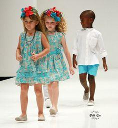 OH SOLEIL MODA INFANTIL  Tendencia en moda Infantil Turquesa Cute Dresses, Flower Girl Dresses, Summer Dresses, Young Fashion, Kids Fashion, Summer Kids, My Princess, Beautiful Children, Victoria
