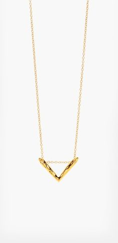 Want this delicate gold chevron necklace. So perfect for layering or wearing solo.