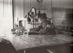 Ravensbruck women's concentration camp prisoner forced into manual labor