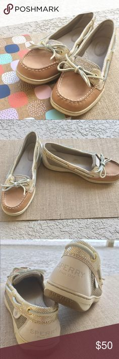{sperry} women's leather and metallic boat shoe Be the envy of your friends in these Ahh-mazing Sperry shoes. Light color leather is accentuated by contrast weave siding and mermaid-like gold metallic trim. Worn twice and in PERFECT condition. Sperry Top-Sider Shoes Flats & Loafers