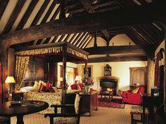 Medieval Manor Fourposter Bedroom