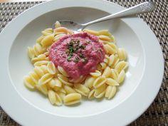 Těstoviny s omáčkou z červené řepy s ricottou pro děti od 1 roku Ricotta, Food And Drink, Ethnic Recipes