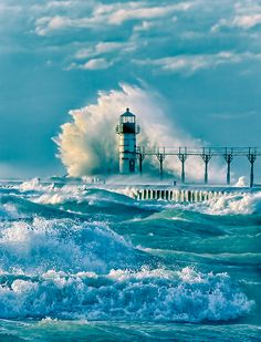 paintedhorse23:  djferreira224:  St. Joseph, Michigan  Re-blog provided by: Painted_Horse_23