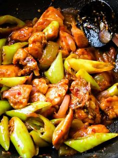 Sri Lankan devilled chilli chicken stir-fry, most restaurants serve this dish with their set menus. why spend money when you can make it at home? Indian Food Recipes, Asian Recipes, Spicy Recipes, Chilli Chicken Stir Fry, Sri Lankan Recipes, Sweet Chilli Sauce, Biryani, Cooking Recipes, Skillet Recipes