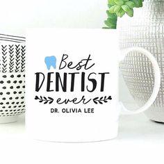 Κούπα με μήνυμα για οδοντίατρο Mugs, Tableware, Dinnerware, Tumblers, Tablewares, Mug, Dishes, Place Settings, Cups