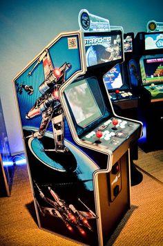 Mini arcade Starfighter. www.the-arcade-company.com