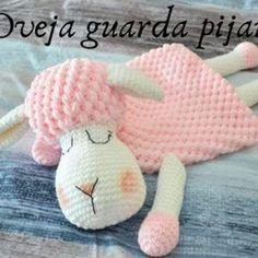Oveja guarda pijamas a crochet - Patrones gratis, Oveja guarda pijamas a crochet Source by VEJA MAIS , Cute Crochet, Crochet Crafts, Crochet Dolls, Amigurumi Patterns, Crochet Patterns, Crochet Sheep Free Pattern, Crochet Mignon, Confection Au Crochet, How To Start Knitting