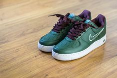 the best attitude 528c4 be0df Check out this pickup video of the Nike Air Force 1 Hong Kong. Find out