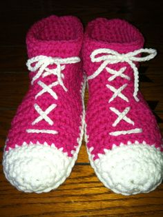 customize converse slippers!! crochet slipper boots