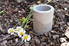 Small Concrete Vase by RockPaperTimbers on Etsy