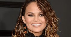 Chrissy Teigen & Her Mom Booze It Up In New Commercial  http://www.refinery29.com/2017/03/146877/chrissy-teigen-mom-smirnoff-vodka-commercial?utm_source=feed&utm_medium=rss