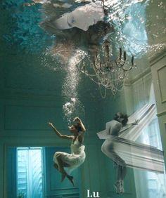Tumblr Photography, Photoshop Photography, Underwater Photography, Artistic Photography, Underwater Photoshoot, Underwater Pictures, Water Shoot, Aquarium Design, Black White Art