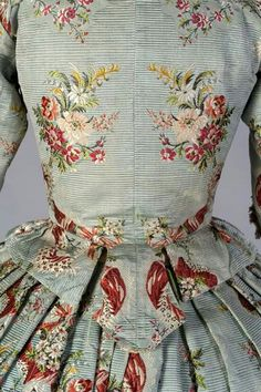 "At the Kent State University Museum we have a permanent exhibition, ""Fashion Timeline,"" that surveys historic fashions from the century through the century. 18th Century Dress, 18th Century Costume, 18th Century Clothing, 18th Century Fashion, Vintage Dresses, Vintage Outfits, Vintage Fashion, Historical Costume, Historical Clothing"