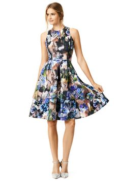 The moody florals. So Fal. Carmen Marc Valvo Spin in Scuba Dress. #renttherunway