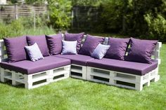 The easiest and cheapest way to build your outdoor space is by using easy and cheap DIY outdoor couch ideas. Pallet Patio Furniture, Outdoor Furniture Plans, Diy Furniture, Furniture Design, Rustic Furniture, Furniture Projects, Concrete Furniture, Victorian Furniture, Furniture Dolly