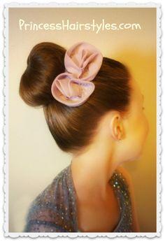 Dance Hairstyles, Donut Bun / Sock Bun 101 How to make a sock bun / donut bun with no remaining ends to tuck in Faux Hawk Hairstyles, Dance Hairstyles, Braided Hairstyles, Pretty Hairstyles, Short Hairstyles, Hair Donut, Donut Bun, Disney Princess Hairstyles, Casual Updo