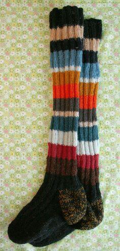 Stripe-in-stripe-stocking - free knitting pattern - Pickles