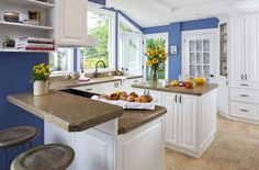 Remolding a Kitchen Home Series: 4 Tips On Hiring a Contractor Farmhouse Style Kitchen, Home Decor Kitchen, Rustic Kitchen, Country Kitchen, Kitchen Interior, Kitchen Ideas, Fresh Farmhouse, Kitchen White, Refacing Kitchen Cabinets